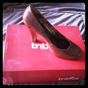 TriBeCa by Kenneth Cole 4 inch heels size 7.5